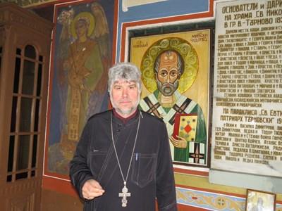 Ако не получи държавна помощ, отец Славчо смята да открие дарителска кампания и да търси финансиране по европроекти.