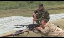 """Каракачанов стреля със зенитно оръдие и """"Калашников"""""""