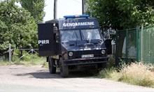 """Двама задържани за конфликта между ромски фамилии в """"Христо Ботев"""""""