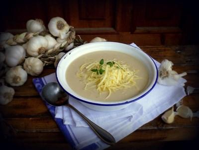 Чеснова крем супа с бяло вино