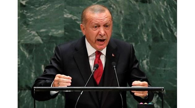 Помнете поведението си спрямо Турция, която прие 4 млн. бежанци. Внимавайте къде стъпвате!
