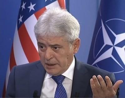 Лидерът на Демократичния съюз за интеграция /ДСИ/ Али Ахмети КАДЪР: Youtube/Klan Kosova