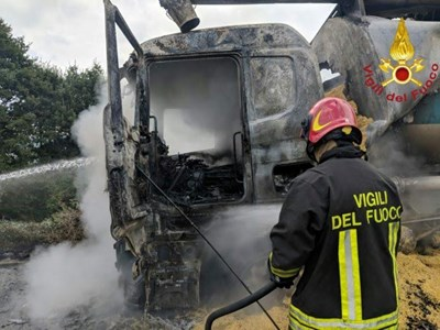СНИМКИ: Италиански пожарникари