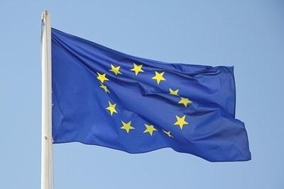 """България е на челните места в привличането на инвестиции по плана """"Юнкер"""""""