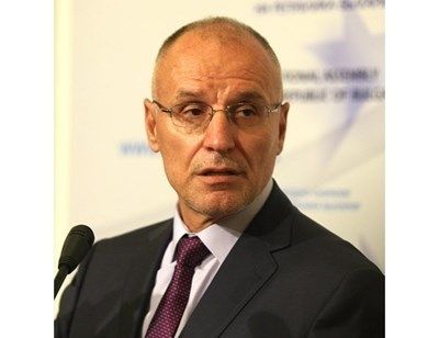 Шефът на БНБ Димитър Радев