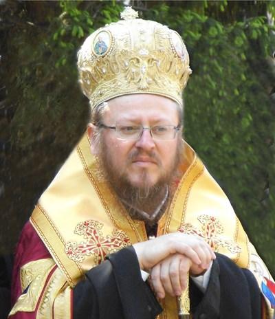 Русенски митрополит Наум
