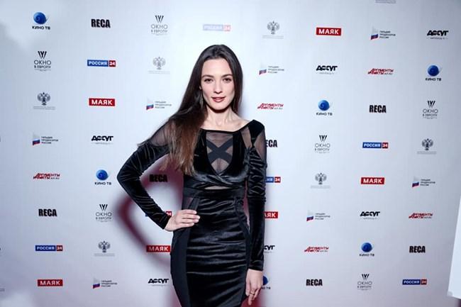 Лорина на премиерата на свой филм в Русия СНИМКИ: ФЕЙСБУК И ИСНТАГРАМ