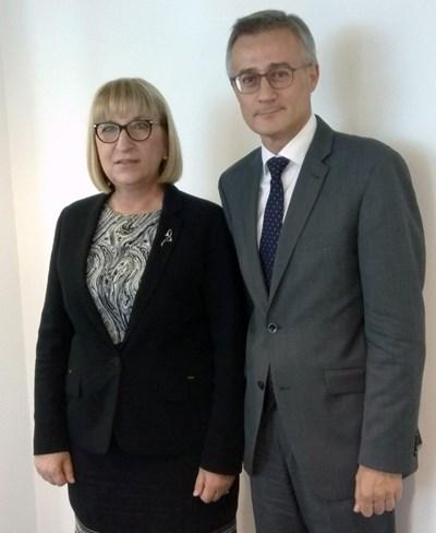 Министър Цецка Цачева и колегата й Феликс Браз Снимка: Пресцентър на министерството