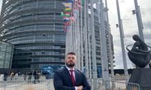 Аз съм всичко това, което българските джендъролиберасти не са. Не могат да преживеят успеха ми като журналист и политик, но тях ги очаква забвение, затвор и падение