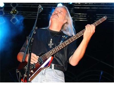 Курт Хауенщайн през 2007 г. на безплатен концерт в Каварна СНИМКИ: БУЛФОТО / АРХИВ