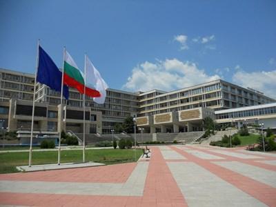 Близо 500 кандидат-студенти подадоха документи за прием в Тракийския университет