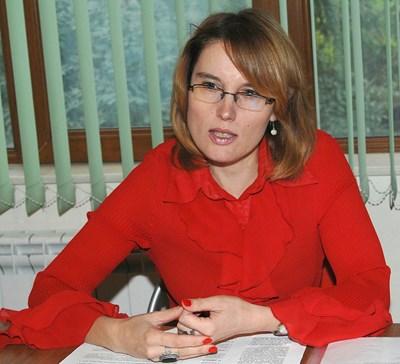 Адвокат Милена Кадиева от пловдивската правозащитна организация защитава интересите на двете деца СНИМКА: Евгени Цветков