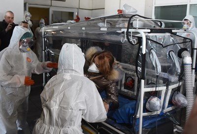 Две седмици преди първия диагностициран с коронавирус у нас на 8 март, лекарите от ВМА показаха пълна готовност за действие в подобни случаи. СНИМКА: Велислав Николов