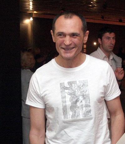 Васил Божков разпозна на пазара ритон, купил го за $ 600 000 в Лондон, и дълбоко обиди шефа на НИМ Бони Петрунова