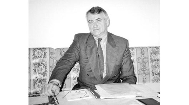 Криминален архив: Пуснаха Иван Миронов вкъщи. Плашиха банкера със смърт