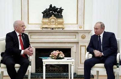 Владимир Путин и Ули Маурер СНИМКА: РОЙТЕРС