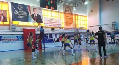 Маричанки загубиха първия си мач в Турция