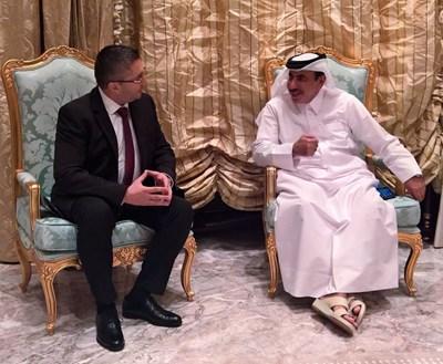 Министърът на регионалното развитие и благоустройството Николай Нанков и министъра на транспорта и комуникациите на Катар Джасим Сейф Ахмед Ал-Сулаити Снимка: Пресцентър МРРБ