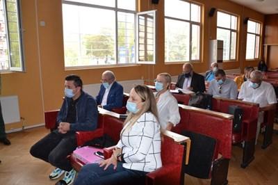 Делото срещу Лютви Местан беше отложено за 22 ноември.