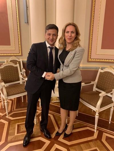 Володимир Зеленски и вицепремиерът Марияна Николова СНИМКИ: пресслужбата на кабинета