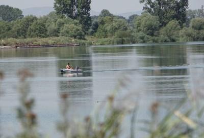 Езерото отново бе претърсено с лодки