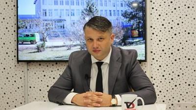 След извънредното заседание на местния парламент в Каварна в четвъртък председателят на Общинския съвет Йордан Стоянов остава на поста си.