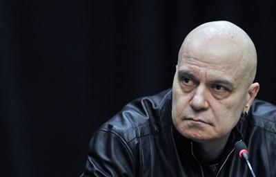 Слави Трифонов за първи път се намеси в преговорите.