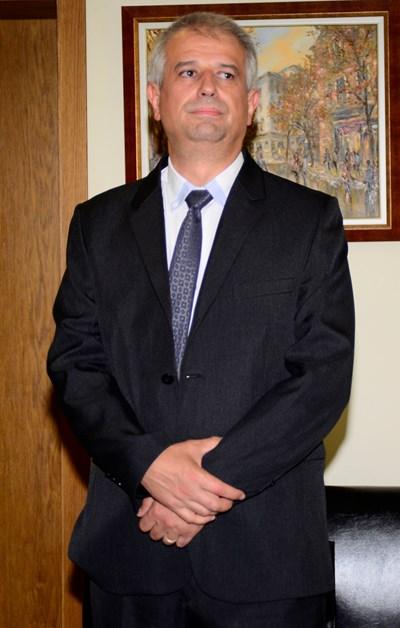 Бойко Атанасов на поредното изслушване във ВСС за шефски пост.
