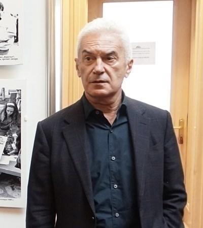 Волен Сидеров кани Ангел Джамбазки на физически бой