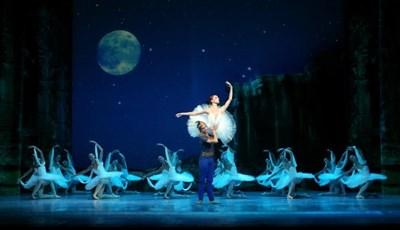 Снимки : Софийска опера и балет
