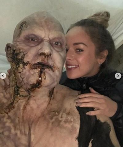Хафтор Юлиус Бьорнсон като зомбито Грегор Клегейн - Планината със съпругата си Снимка: Инстаграм/ thorbjornsson