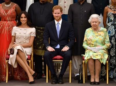 Кралицата първа е разбрала за решението на Меган и Хари Снимка: Ройтерс
