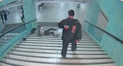 Игор е бил заловен от полицията на място, където нощували бездомници в Шарлотенбург, Берлин КАДЪР : youtube