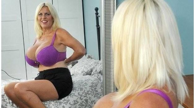 Англичанката с най-големите гърди, която се засели у нас, печели луди пари от бюста си