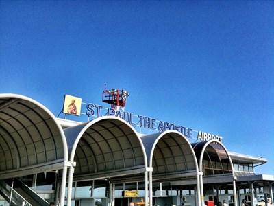 """Летището """"Свети апостол Павел"""" в Охрид, откъдето е излетял самолетът Снимка: Уикипедия/ Local hero"""
