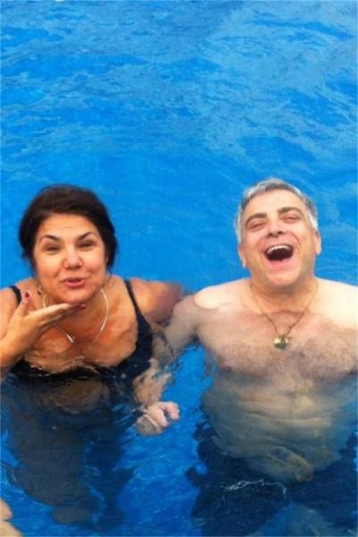 Марта Вачкова и Владо Пенев в басейна  СНИМКА: ЛИЧЕН АРХИВ