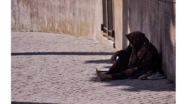 Пресякоха канал за трафик на хора с цел просия във Франция и Швеция