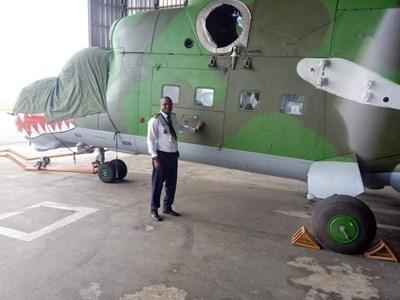 Първият от двата Ми-24, изпратени от България на Кот д'Ивоар, напусна летището в София през август 2020 г.   СНИМКА: Фейсбук
