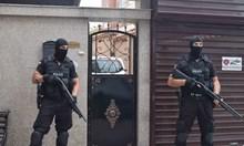Арестуваният лихвар в Пловдив организирал платен секс в палата си. Полицаи окупираха четириетажната му къща