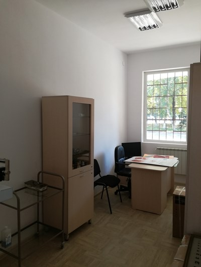 Един от обновените кабинети.