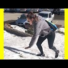 Смях в снега