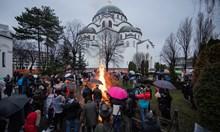 Коледа по стар стил отбелязаха православните християни