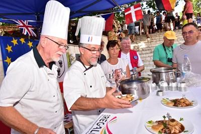 """""""Кулинарното наследство на Тракия"""" събра за седми пореден път любители и майстори на автентичната храна от България, Франция, Гърция и Турция."""