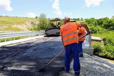 Мостът е с нов асфалт СНИМКА: Община Велико Търново