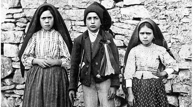 Бъдеще или минало разкрива третата тайна от Фатима