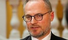 Севдалин Мавров към Лозан Панов: Чакали ли сте пред кабинета на Борисов за назначение