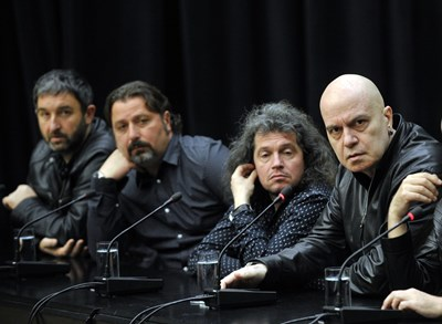 Сценаристите (от ляво надясно) Александър Вълчев, Филип Станев и Тошко Йорданов станаха депутати.