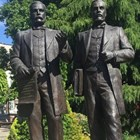 Братята Евлоги и Христо Георгиеви изграждат бизнесимперия на три континента