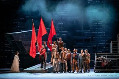 """Най-играният мюзикъл на всички времена - """"Клетниците"""" отново е на сцената. Снимки Софийска опера"""