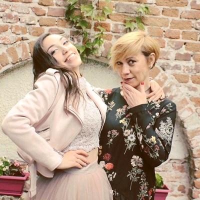 Актрисата Кака Лара и нейната дъщеря Бернарда Береану, която е студентка първи курс в НАТФИЗ